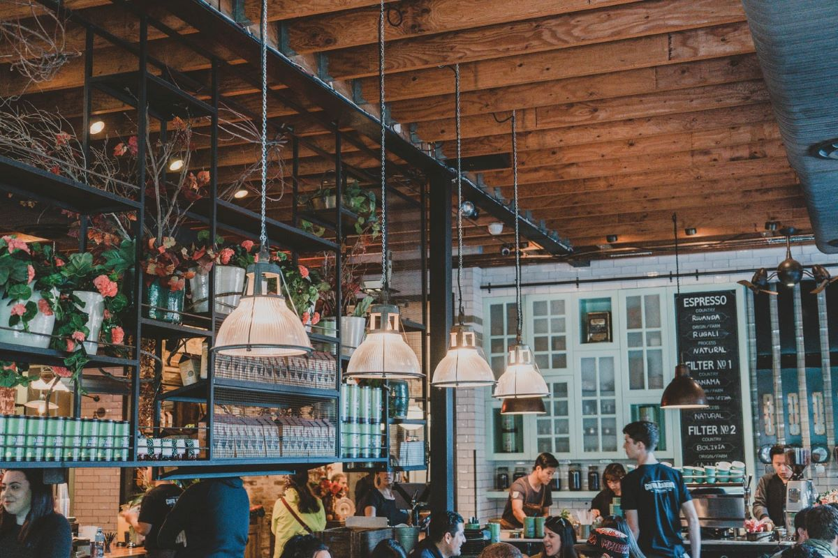 How Are Restaurants Marketing to Stay Afloat During COVID?
