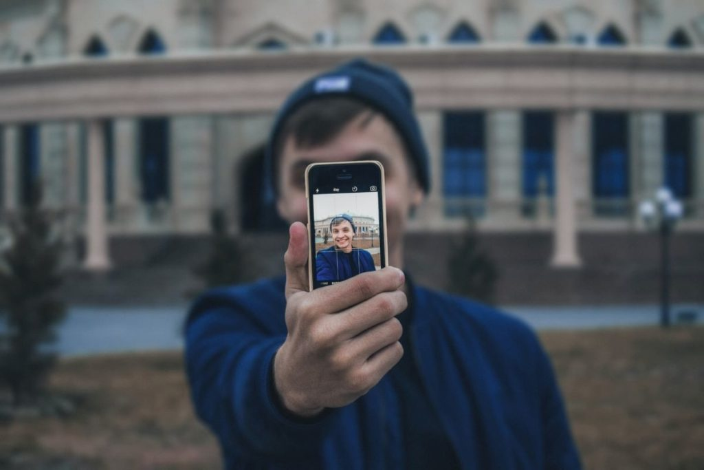 How to Find Influencers for Hotel Marketing